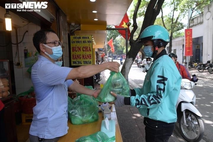 Mua hàng trực tuyến có thể bị lây nhiễm SARS-CoV-2? - 1