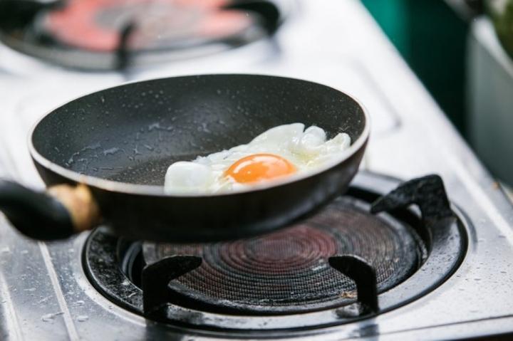 Những thực phẩm nên hạn chế ăn vào mùa hè  - 9