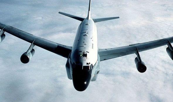 ایالات متحده ارسال هواپیماهای شناسایی را برای پرواز بر فراز دریای شرقی افزایش داده است - 1