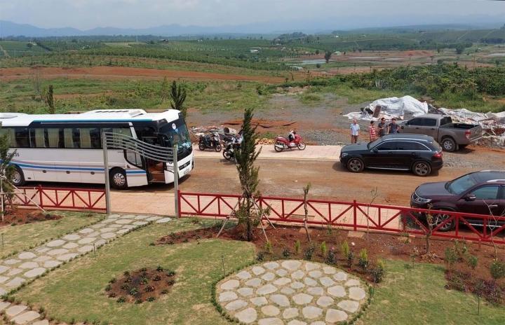 Ai là chủ nhân thật sự của quả đồi 36ha bị xẻ thành 1.000 nền đất ở Lâm Đồng? - 3