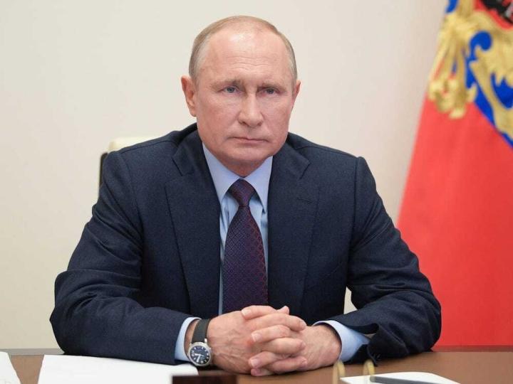 پوتین تأثیر واکسن Sputnik V را ستود و گفت هیچ کسی پس از تزریق فوت نکرده است - 1