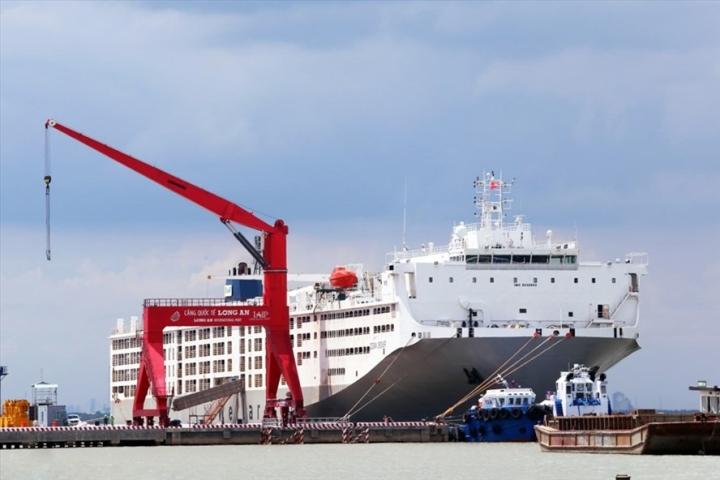 5 người dương tính SARS-CoV-2 trên tàu cập cảng Quốc tế Long An