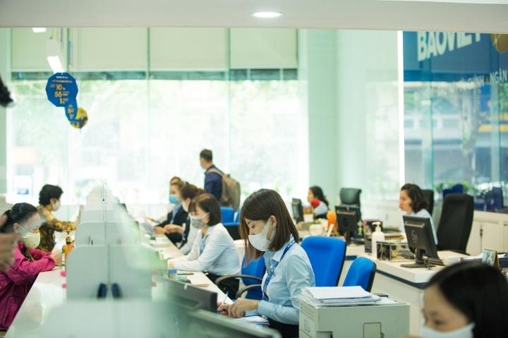 Bảo Việt 9 năm liên tiếp lọt top 50 công ty niêm yết tốt nhất Việt Nam - 2