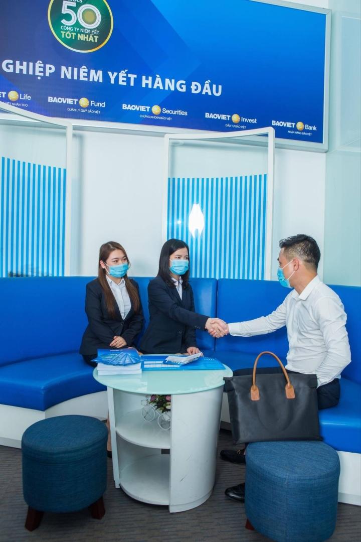 Bảo Việt 9 năm liên tiếp lọt top 50 công ty niêm yết tốt nhất Việt Nam - 1