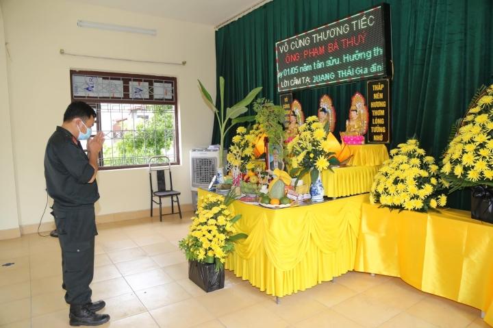Bố mất không thể về chịu tang, chiến sĩ CSCĐ bái vọng giữa tâm dịch Bắc Ninh - 1