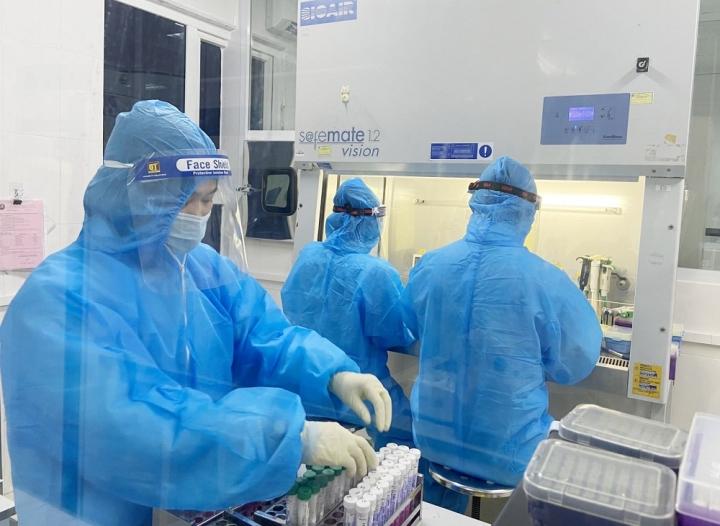 Thêm 11 người dương tính SARS-CoV-2 ở Hà Tĩnh