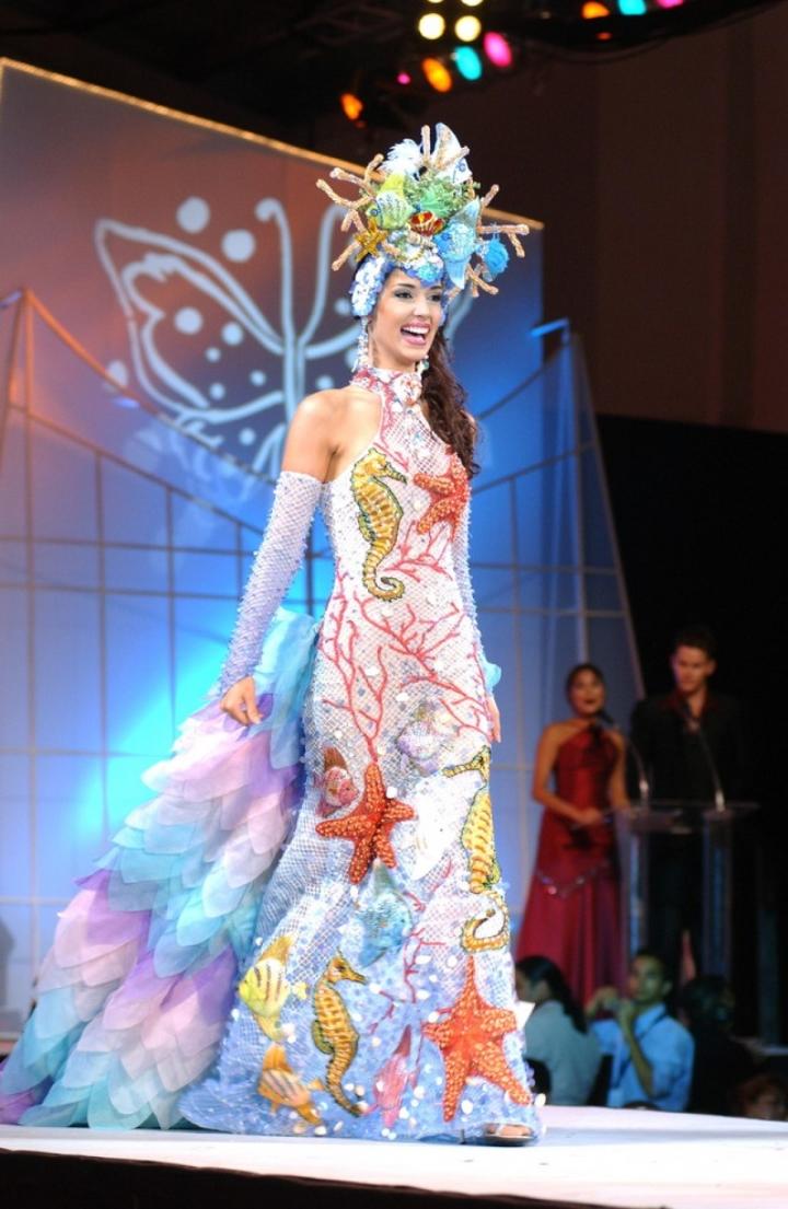 Chuyện tình đẹp của hoa hậu cao nhất lịch sử Miss Universe - 5