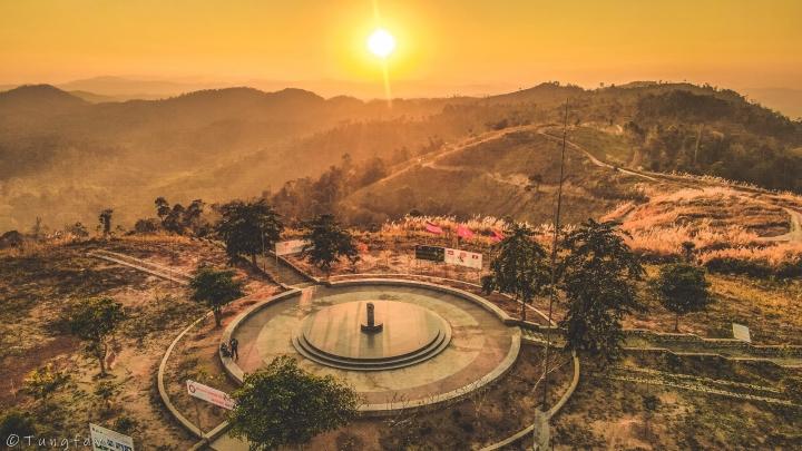 Ngã ba đặc biệt nhất Việt Nam: Nơi ngắm được toàn cảnh 3 nước Đông Dương một lúc - 1