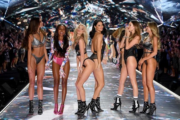 Xóa sổ các thiên thần nội y của Victoria's Secret
