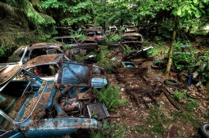 10 nghĩa địa ô tô lớn nhất thế giới - 7