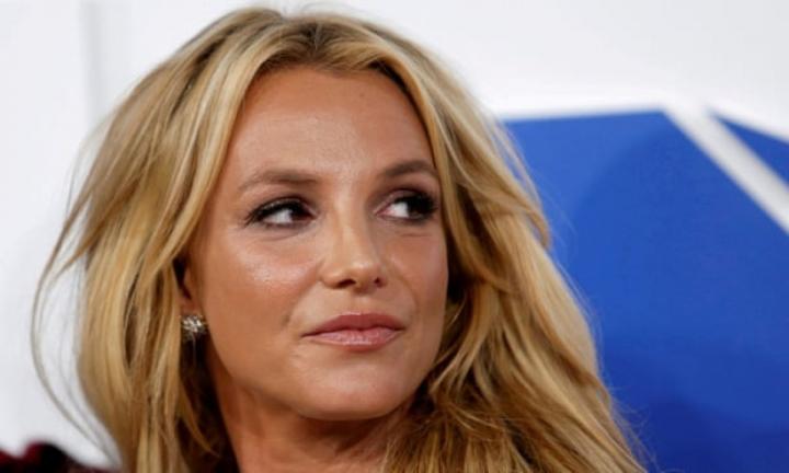 Britney Spears: 'Xin lỗi vì đã giả vờ rằng tôi ổn' - 1
