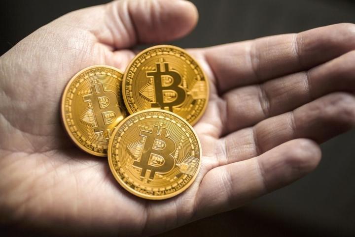 Giá Bitcoin hôm nay 6/8: Bitcoin nổi sóng vượt 41.000 USD - 1