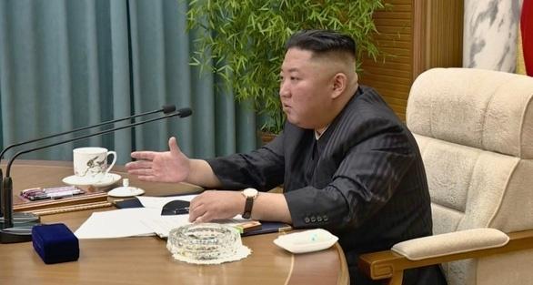 کره ای ها نگران کاهش وزن کیم جونگ اون هستند - 1