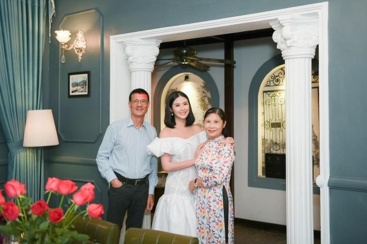 Hoa hậu Ngọc Hân: 'Hồi bé, tôi luôn nghĩ sao nhà mình nghèo thế' - 4