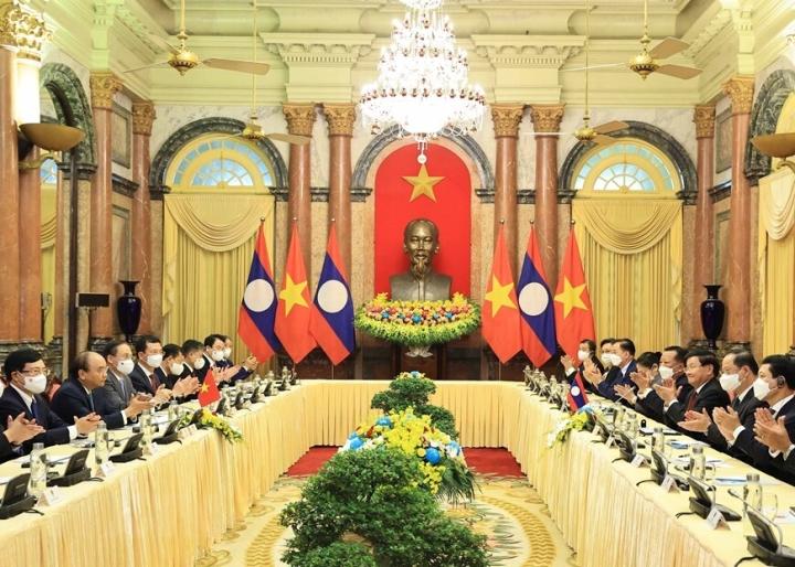 Chủ tịch nước Nguyễn Xuân Phúc hội kiến Tổng Bí thư, Chủ tịch nước Lào - 6