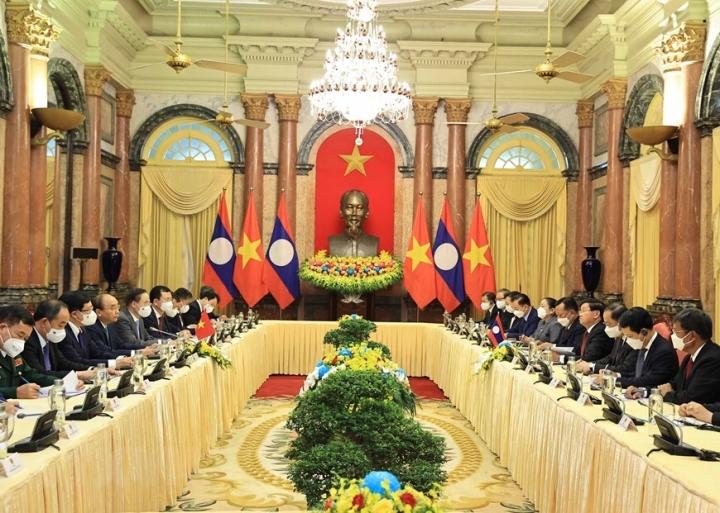 Chủ tịch nước Nguyễn Xuân Phúc hội kiến Tổng Bí thư, Chủ tịch nước Lào - 4