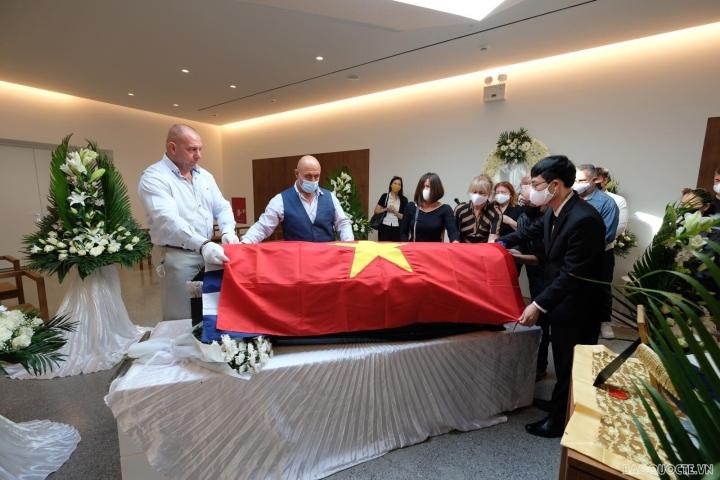 دفن قهرمان نیروهای مسلح Costas Sarantidis Nguyen Van Lap - 6