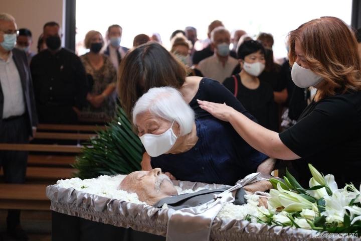دفن قهرمان نیروهای مسلح Costas Sarantidis Nguyen Van Lap - 8