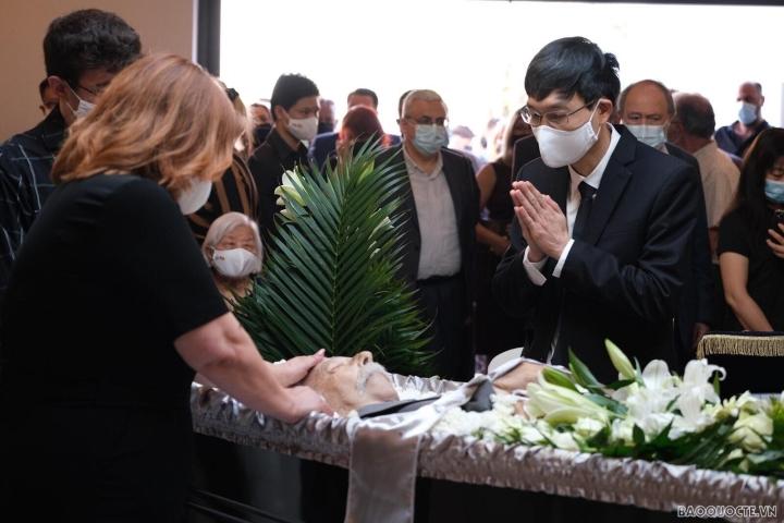 دفن قهرمان نیروهای مسلح Costas Sarantidis Nguyen Van Lap - 9