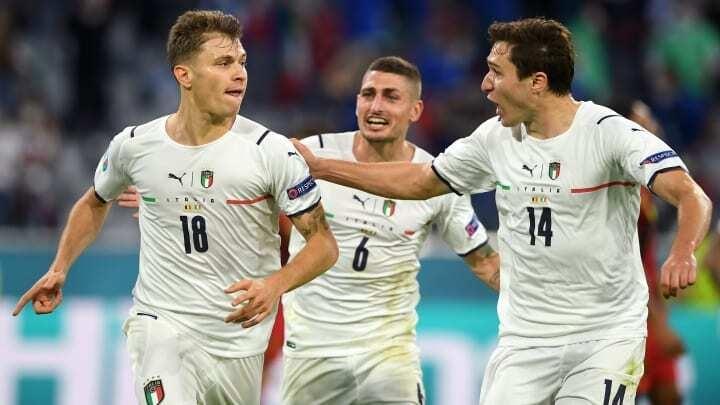 Italy vào bán kết EURO: Viên đạn pháo xuyên thủng thành trì bảo thủ  - 1