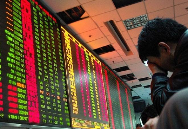 VN-Index lại giảm hơn 13 điểm - 1