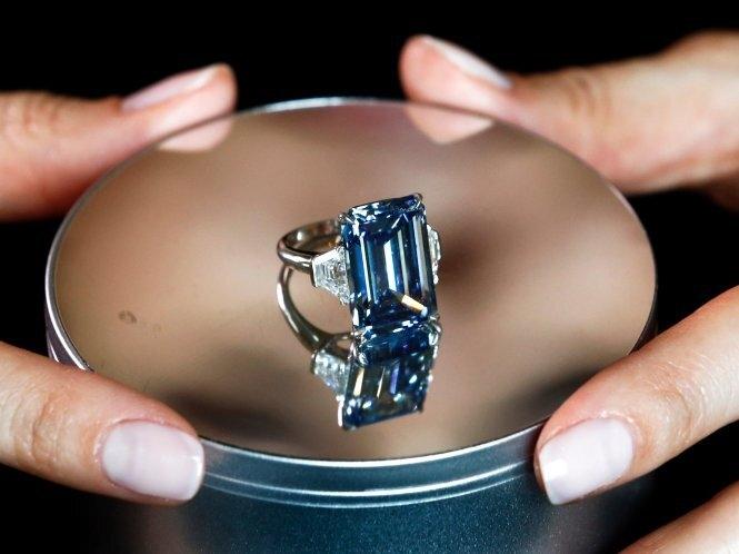 7 viên kim cương đắt nhất từng được bán đấu giá - 2