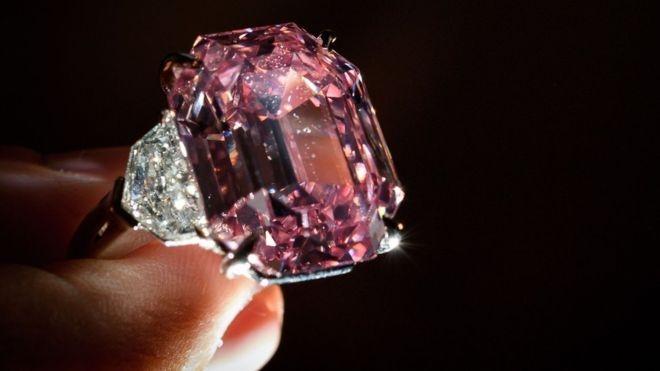 7 viên kim cương đắt nhất từng được bán đấu giá - 3