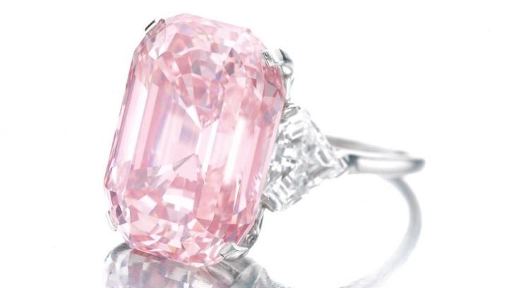 7 viên kim cương đắt nhất từng được bán đấu giá - 5