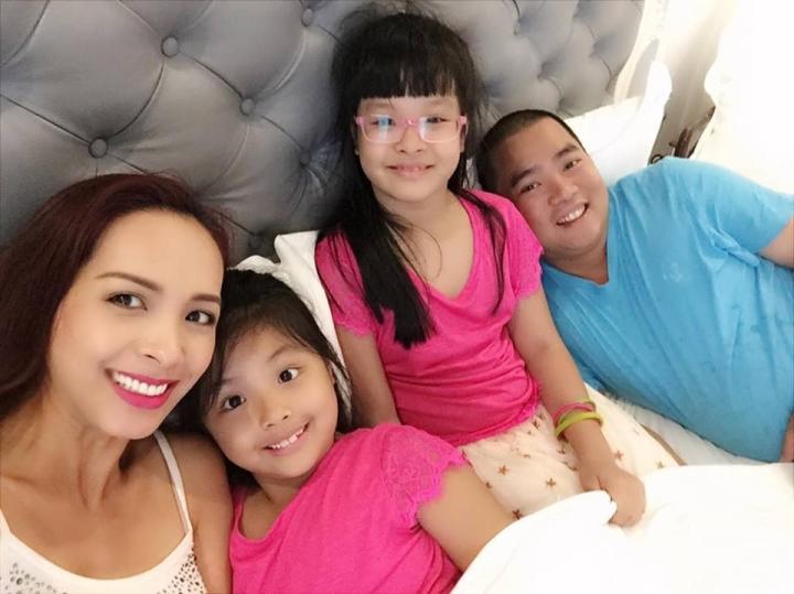 4 ông chồng vừa giàu có lại nổi tiếng chăm vợ con nhất nhì showbiz Việt - 2