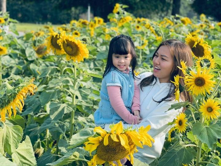Con gái út đáng yêu của MC Diễm Quỳnh - 6