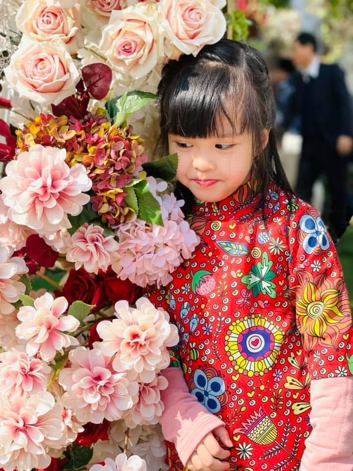 Con gái út đáng yêu của MC Diễm Quỳnh - 3