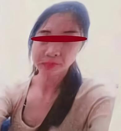 Nữ sinh bị thầy giáo sát hại dã man, cha mẹ phẫn uất đòi công bằng cho con gái - 1