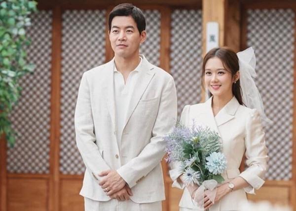 Jang Nara bất lực khi bố liên tục giục lấy chồng - 3