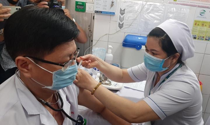 TP.HCM tiêm đại trà vaccine COVID-19đợt 5từ ngày 22/7 - 1