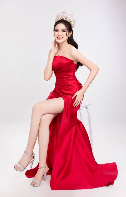 Thân hình đồng hồ cát của Hoa hậu Đỗ Thị Hà - 6