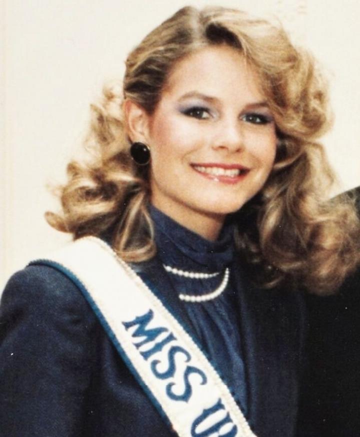 Nhan sắc các Hoa hậu Hoàn vũ từ năm 1959 đến nay - 4