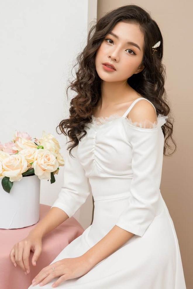 Vẻ đẹp dịu dàng của diễn viên đóng Diệp trong 'Hương vị tình thân' phần 2 - 5
