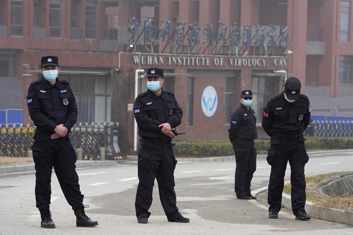 کارشناسان به شدت از چین به دلیل امتناع WHO از تحقیق درباره COVID-19-1 انتقاد کرده اند