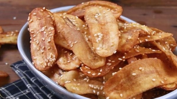 Ở nhà mùa dịch, làm 5 loại snack từ chuối xanh cực dễ - 4