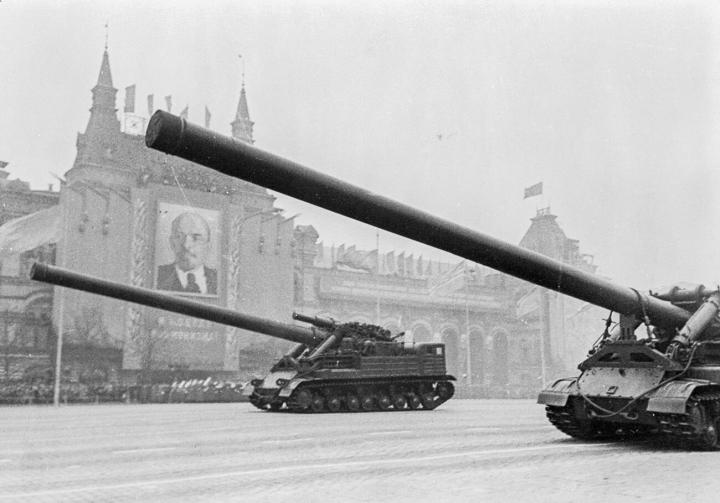 موشک های هسته ای جعلی برنامه های اتوپیایی ایالات متحده و اتحاد جماهیر شوروی را در مورد سلاح تهدید می کند - 4