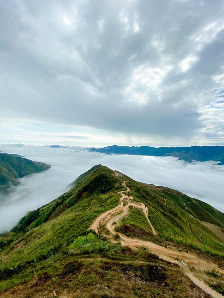 Ngắm biển mây tựa tiên cảnh ở Tà Xùa - điểm check-in hàng đầu của giới trẻ - 2