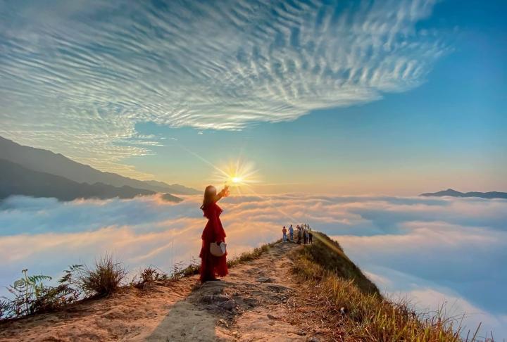 Ngắm biển mây tựa tiên cảnh ở Tà Xùa - điểm check-in hàng đầu của giới trẻ - 4