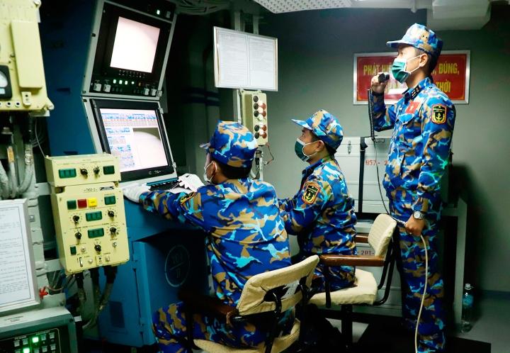 تیم بازی های ارتش ویتنام در روسیه به صورت زنده در دریا تیراندازی می کند - 1