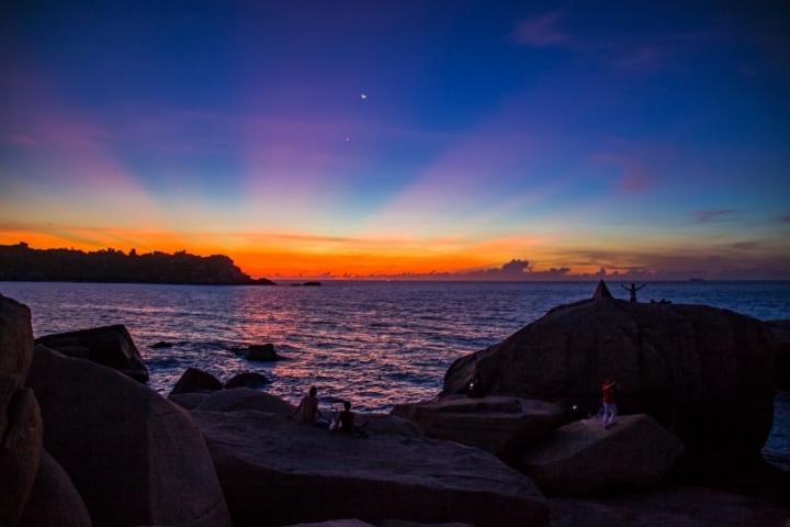 Săn bình minh tuyệt đẹp tại nơi đón ánh mặt trời sớm nhất ở Việt Nam - 8