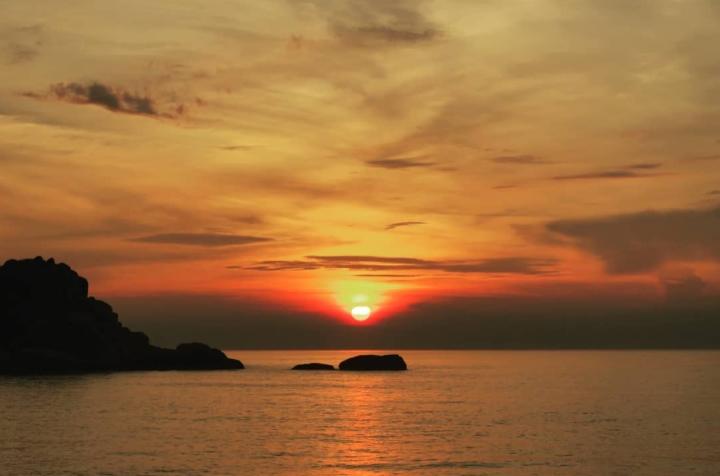 Săn bình minh tuyệt đẹp tại nơi đón ánh mặt trời sớm nhất ở Việt Nam - 9