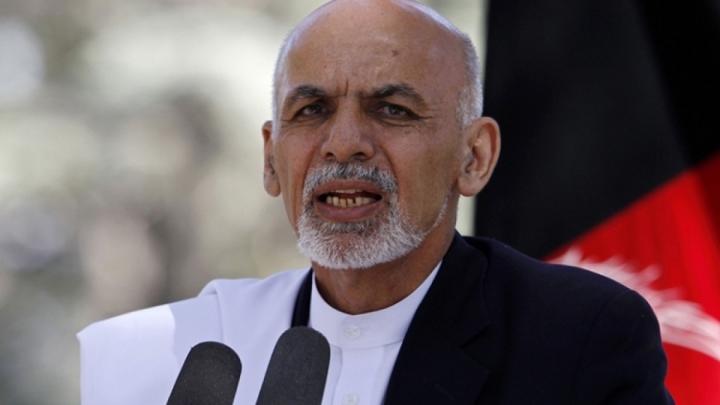 رئیس جمهور افغانستان کشور را ترک کرد ، چه کرد ، کجا؟  - اولین