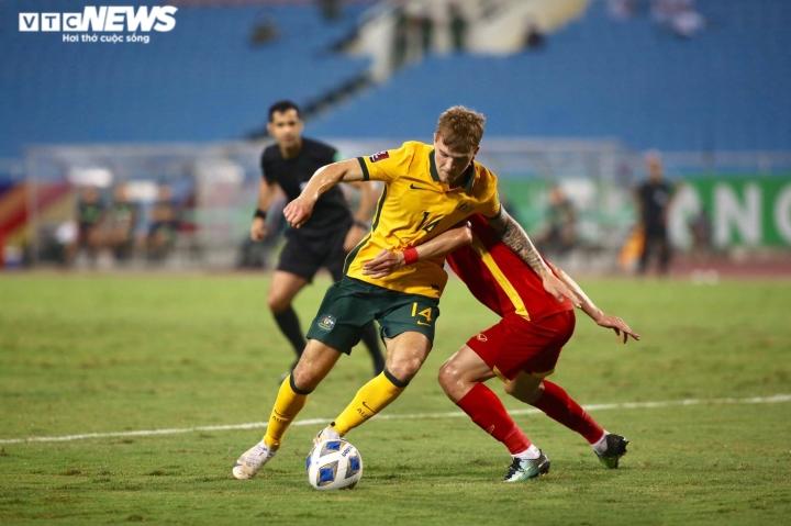 Bị từ chối phạt đền, tuyển Việt Nam thua sát nút Australia - 1