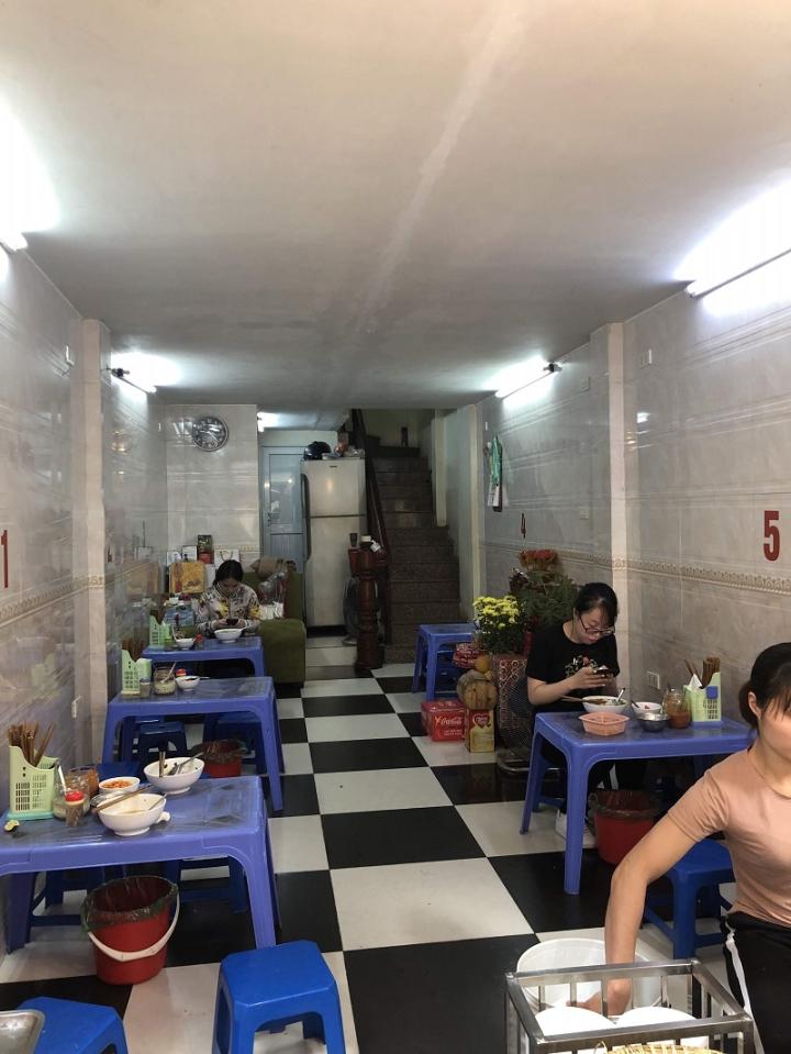 Hàng phở gà được đồn thổi là đắt bậc nhất Hà Nội - 70.000 đồng/bát vẫn cực đông - 4