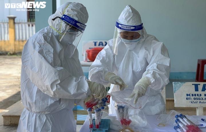 Chùm ca bệnh mới ở Quảng Ngãi là 5 thành viên trong gia đình - 1