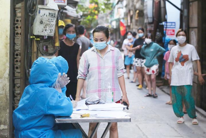 Hà Nội: Thêm 3 người nhiễm nCoV, tiêm được hơn 5 triệu mũi vaccine COVID-19